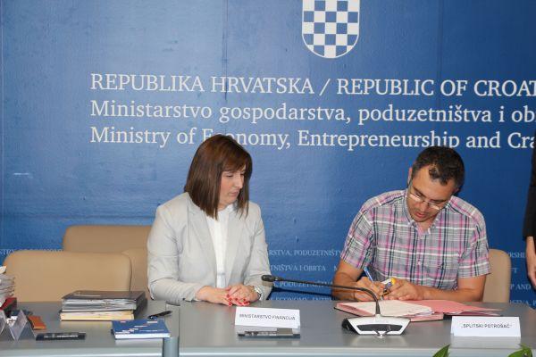 /public/potpisivanje ugovora s udrugama 13.jpg